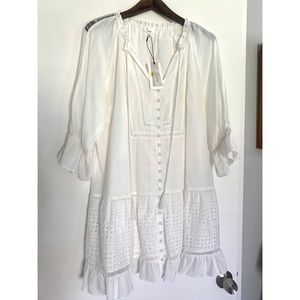 A Loves A Dress